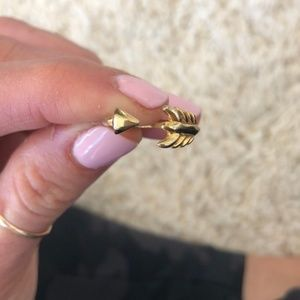 Gilded Arrow Stella & Dot ring - Gold